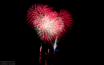 LBF feux d'artifice coeur