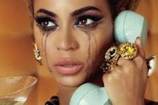 LBG femme pleure